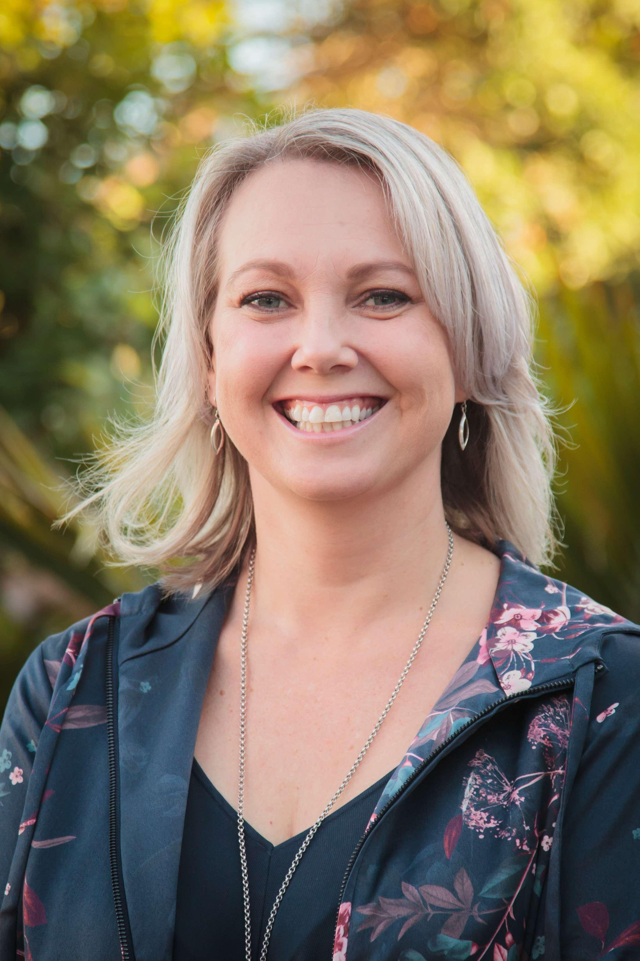 Kirsten Bell